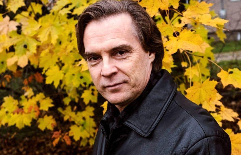 Jean-François Lapointe a une longue formation musicale, comme pianiste, puis comme violoniste et chef d'orchestre, avant d'être chanteur.