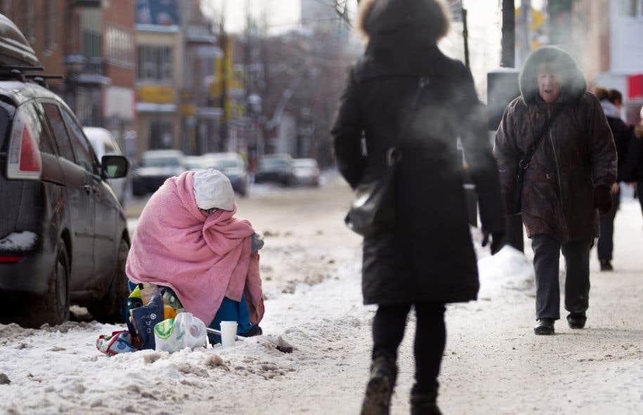 Plus de 200 000 personnes dans le Grand Montréal vivent en situation d'insécurité alimentaire, rappelle Alain Stanké.
