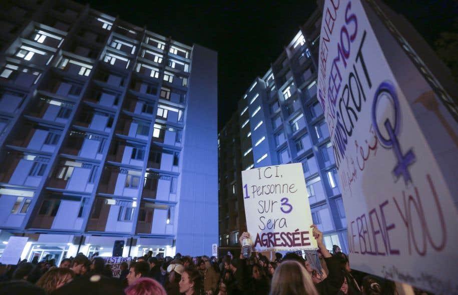 La consultation sur les violences sexuelles dans les campus fait suite à la série d'agressions commises dans les résidences étudiantes de l'Université Laval, à Québec.