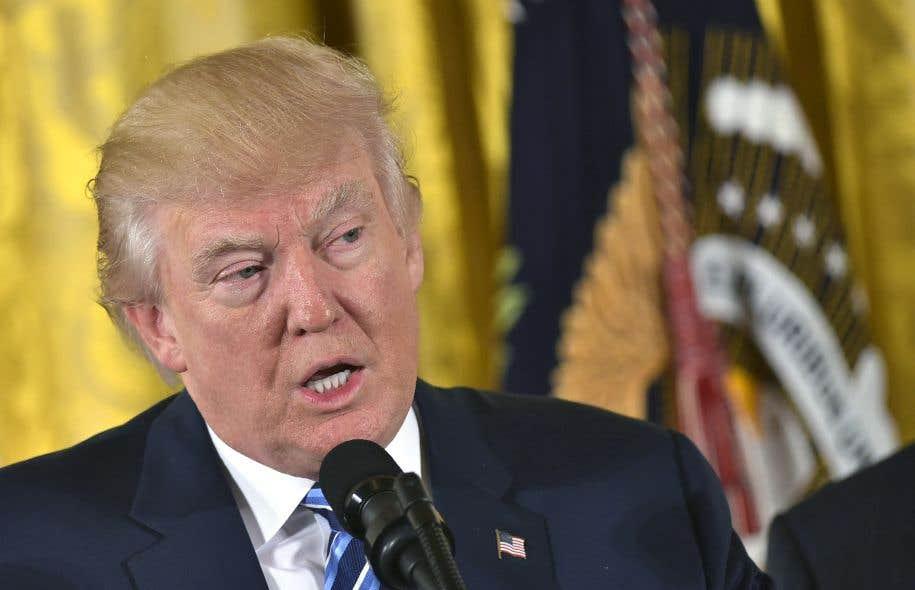 Dimanche, Trump a annoncé qu'il allait commencer prochainement à renégocier l'ALENA.