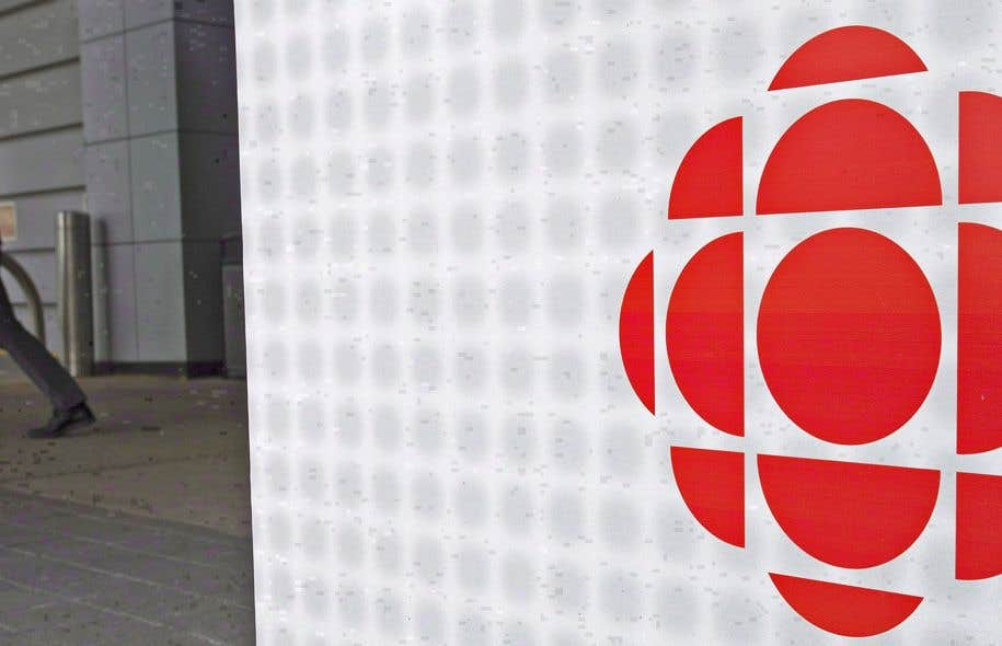 L'ancien réalisateur de Radio-Canada James Dormeyer tente depuis quelques années d'amener la société d'État à numériser ses archives.