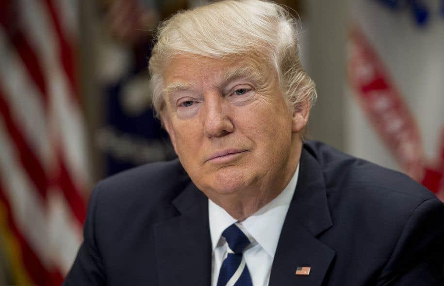 En plus de trois semaines à la Maison-Blanche, Donald Trump a multiplié les initiatives controversées, mais aussi les revers.
