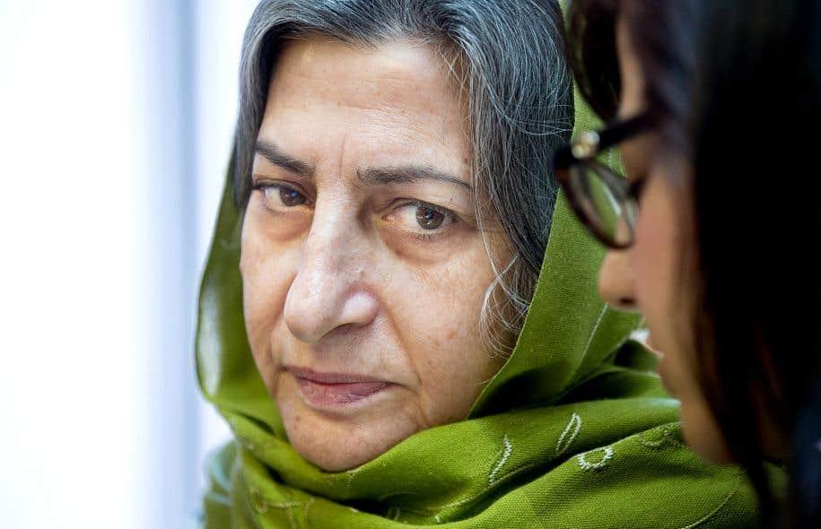 Roghayeh Azizi Mirmahaleh obtient un permis de résidence temporaire de deux ans