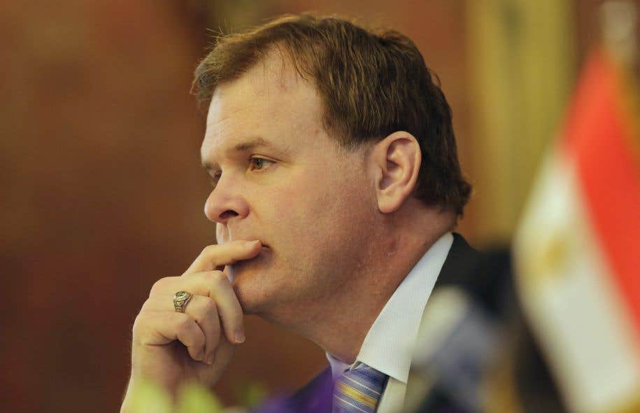 L'ancien ministre des Affaires étrangères, John Baird, est mandaté par la société de placement.