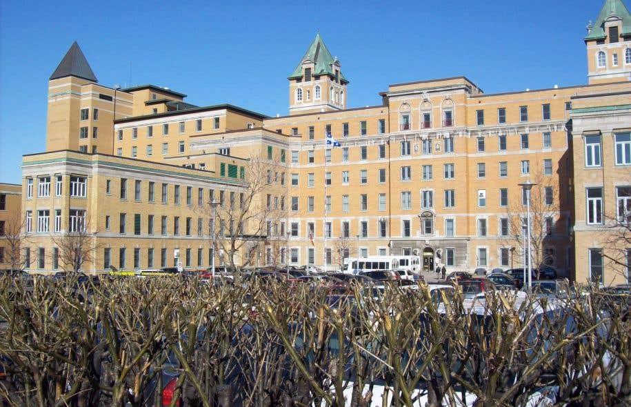 L'hôpital Saint-Sacrement, à Québec