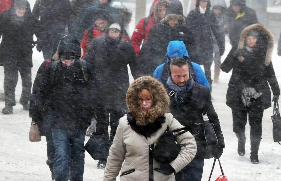 Toutes les commissions scolaires de Montréal ont annoncé mardi soir que leurs écoles seront fermées ce mercredi.