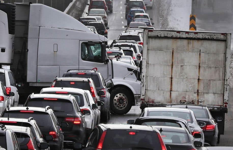 Il a été beaucoup question des automobilistes coincés sur l'autoroute 13, mais de nombreuses personnes ont connu le même sort sur la 520.