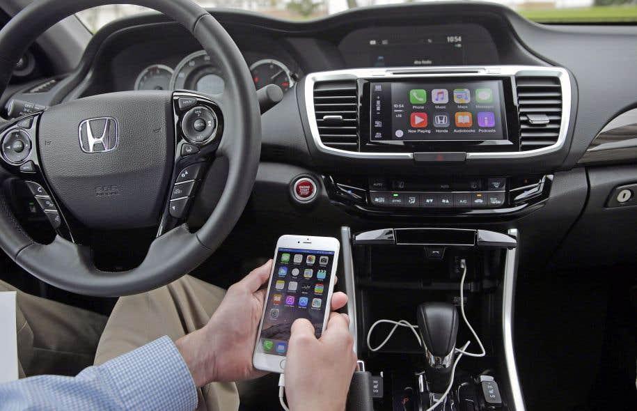 Chaque jour, les automobilistes «connectés» profitent de la technologie pour rendre leurs déplacements plus faciles et agréables.