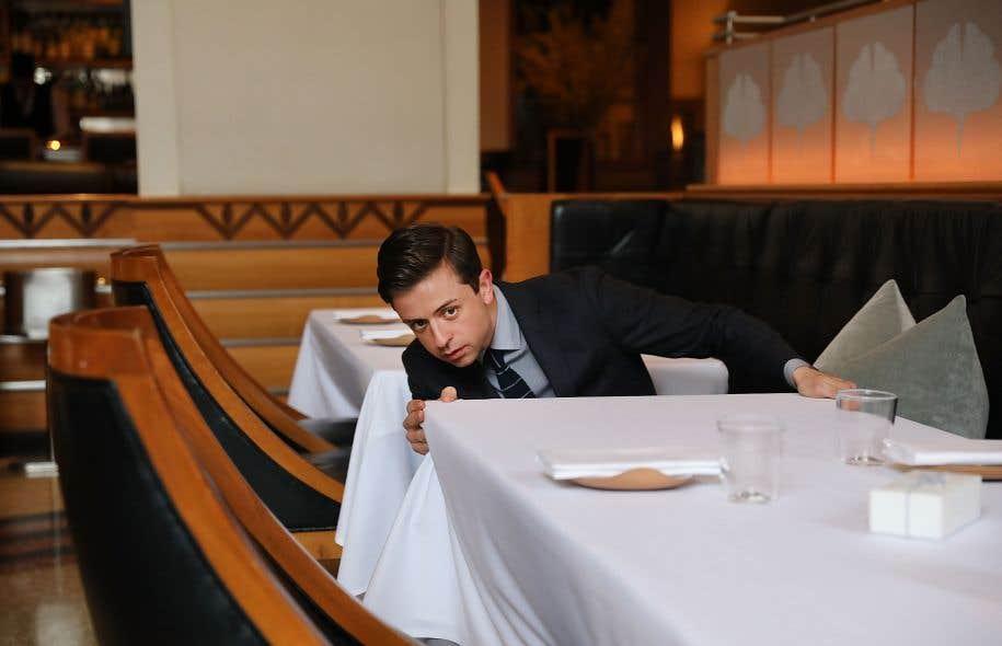 Matthew Pene, maître d'hôtel, dans la salle à manger du Eleven Madison Park, unanimement reconnu comme «l'un des restaurants les plus influents au monde»