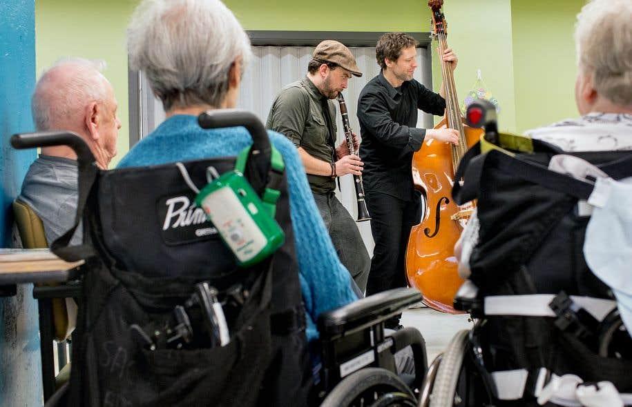 <p>Depuis 2009, la Société pour les arts en milieux de santé multiplie les manifestations</p>