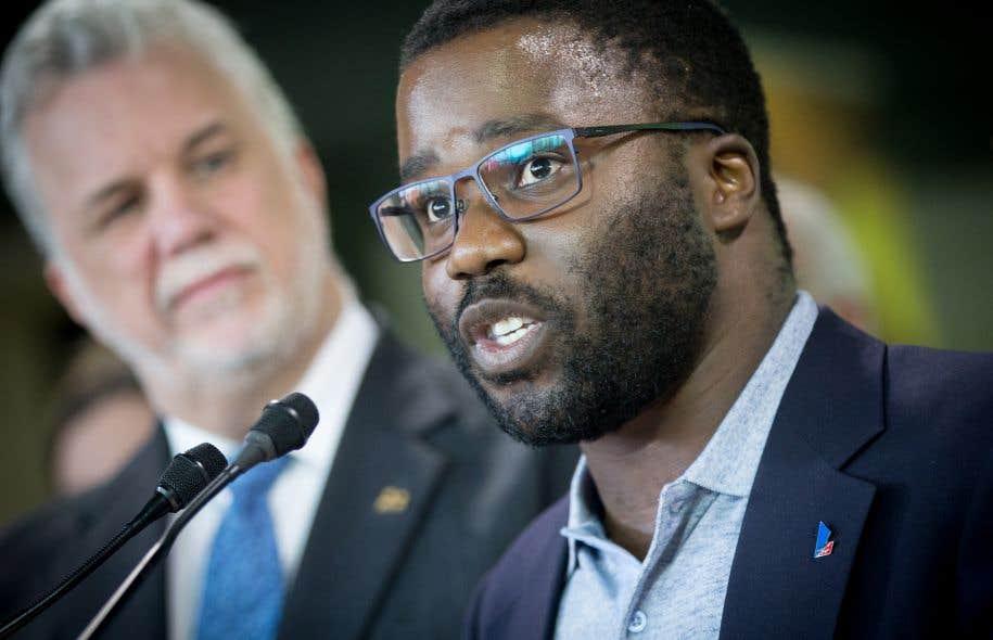 Le président de la Commission jeunesse du Parti libéral du Québec, Jonathan Marleau, au lancement de sa candidature dans Gouin, mardi soir