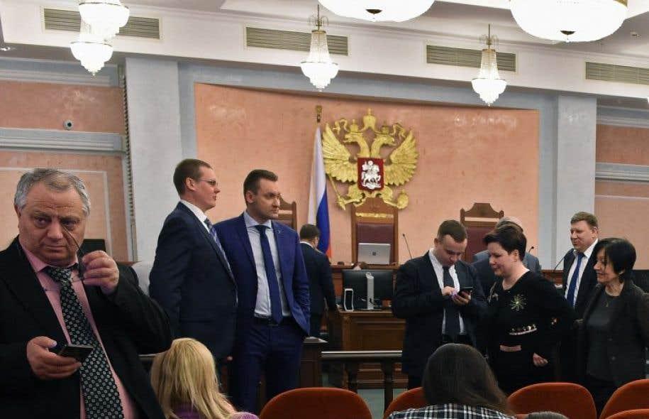 Aux yeux de la puissante Eglise orthodoxe russe, les Témoins de Jéhovah sont une secte qu'elle juge dangereuse en raison notamment de l'interdiction des transfusions sanguines pour ses membres.
