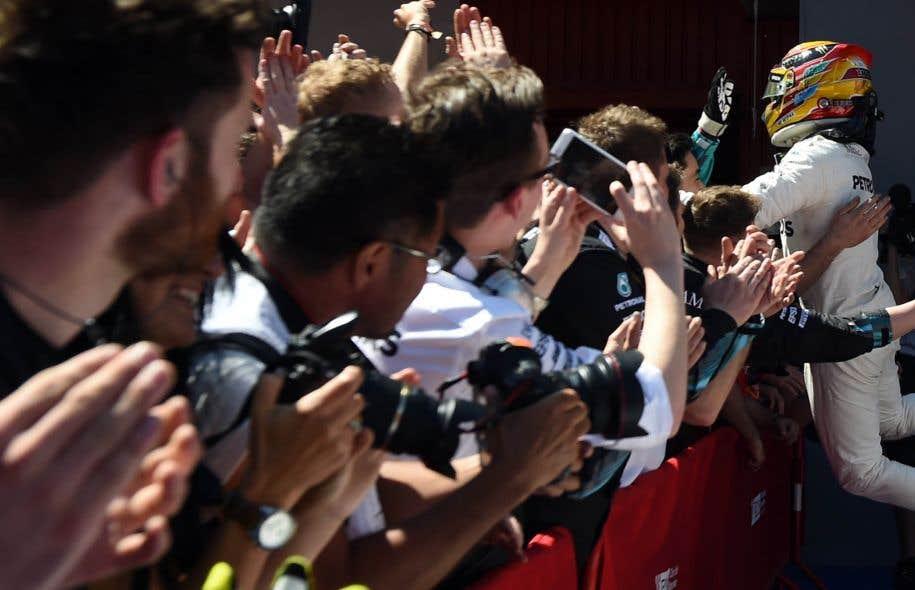 Le pilote britannique de l'écurie Mercedes Lewis Hamilton