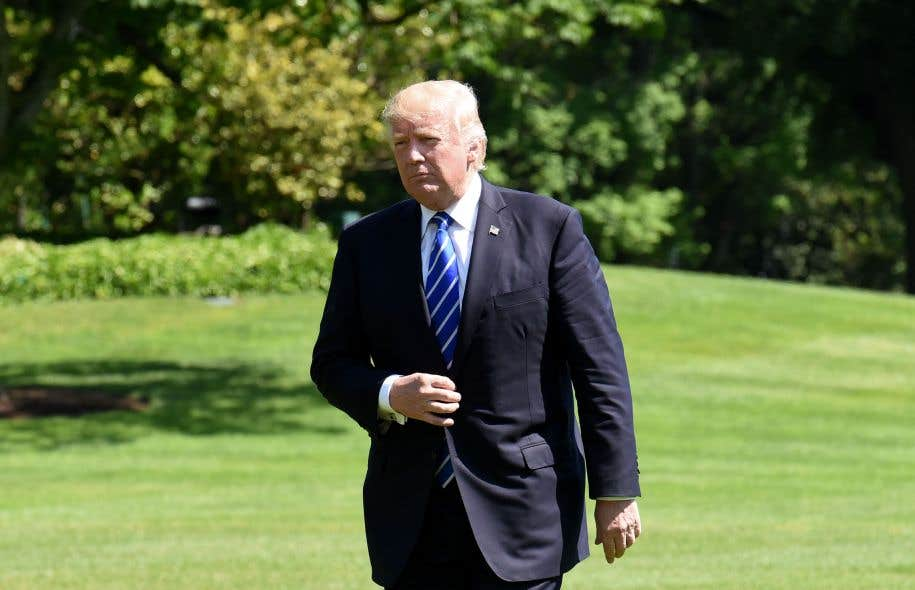 Donald Trump accuse également la campagne d'Hillary Clinton et la présidence de Barack Obama «d'actes illégaux» pour lesquels, dit-il, «un procureur spécial n'a jamais été nommé».