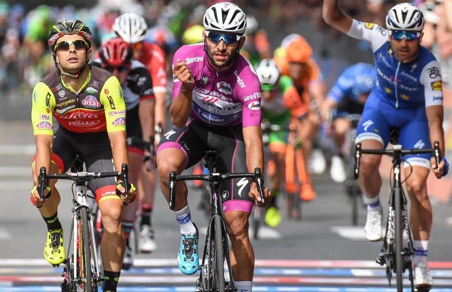 Le Colombien Fernando Gaviria s'est imposé pour la troisième fois au sprint.