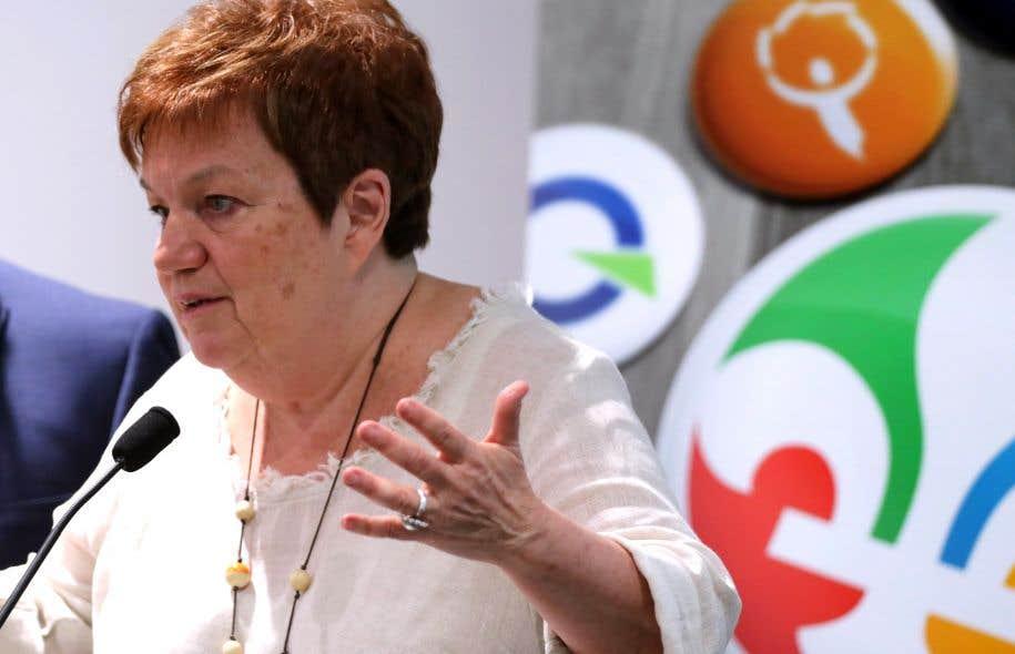 La présidente des OUI Québec, Claudette Carbonneau, enconférence de presse jeudi après-midi