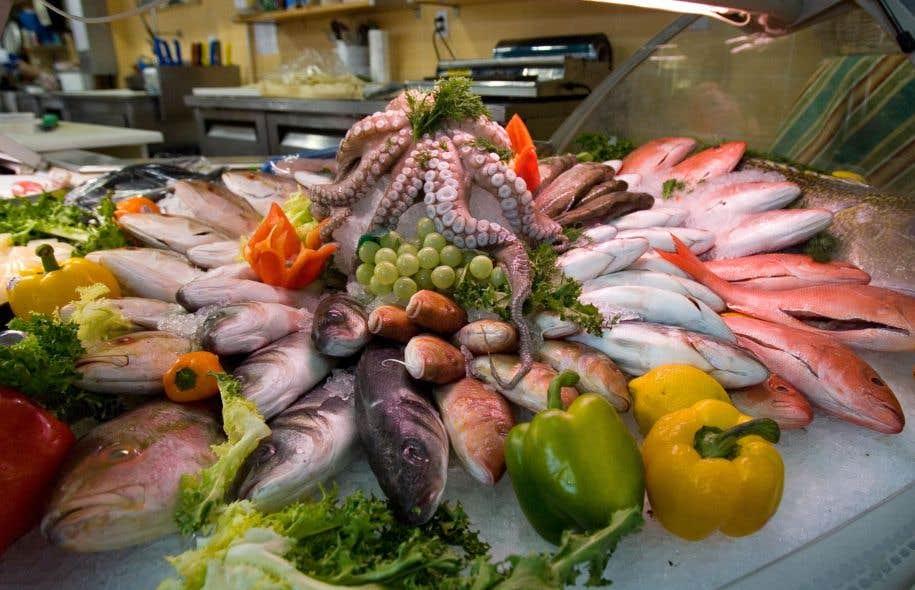 Les chercheurs ont noté une grande différence entre le poisson cru et le poisson cuit.