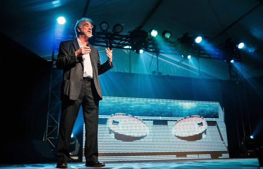 Le directeur artistique Neilson Vignola a présenté une maquette de la future salle de spectacle que le Cirque du Soleil inaugurera à Hangzhou.