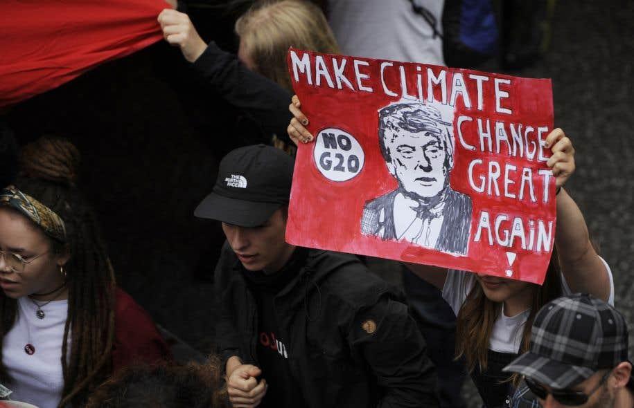 Un sommet climat a été convoqué en décembre en France sur l'aspect financier notamment de la lutte contre le réchauffement.