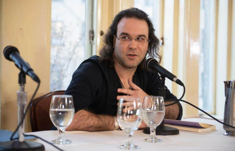 Le journaliste et écrivain Chrìstos Ikonòmou