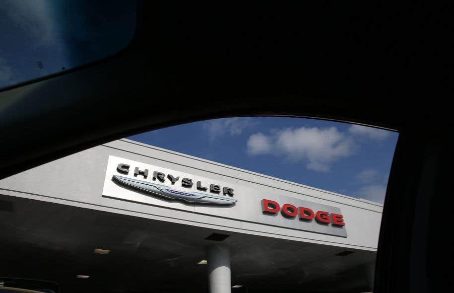 Environ 770853 voitures, principalement des véhicules multisegment de la marque Dodge — des Dodge Journey, produits entre2011 et2015 —, doivent être ramenées chez les concessionnaires.