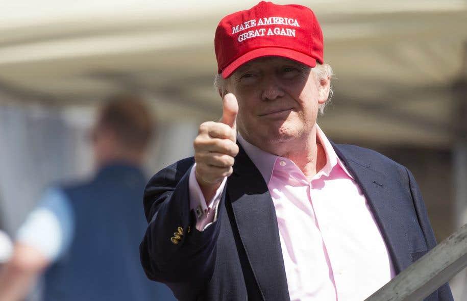 Depuis son retour vendredi de France, le président Trump s'offre un bol d'air sur l'un de ses parcours de golf dans le New Jersey. Il a assisté cette fin de semaine à l'US Open de golf féminin.
