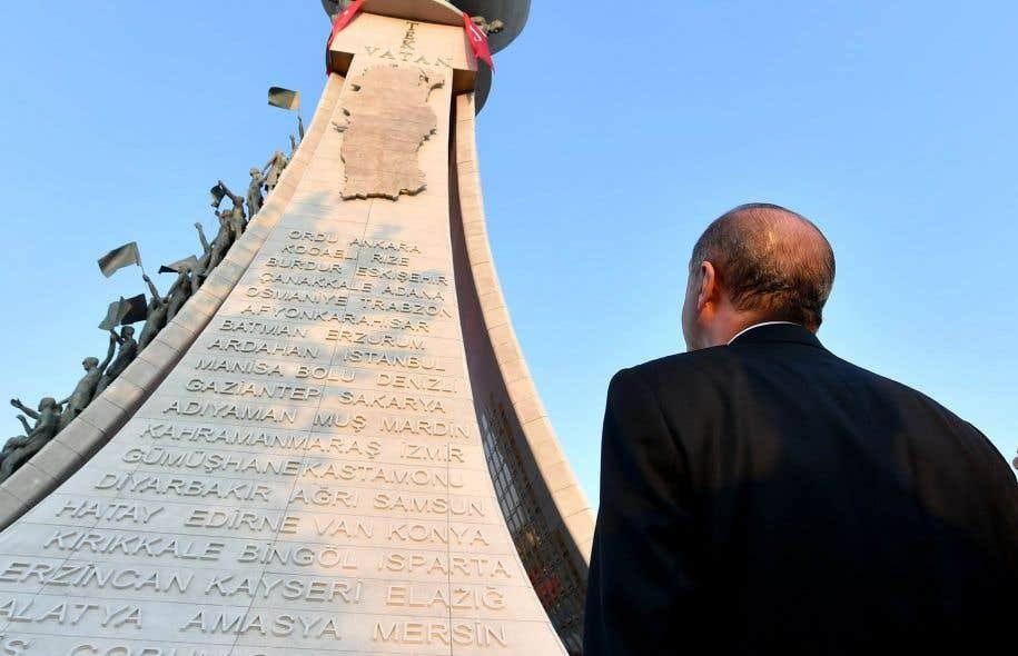 Le président turc a inauguré dimanche à Ankara le «monument des martyrs du 15 juillet».