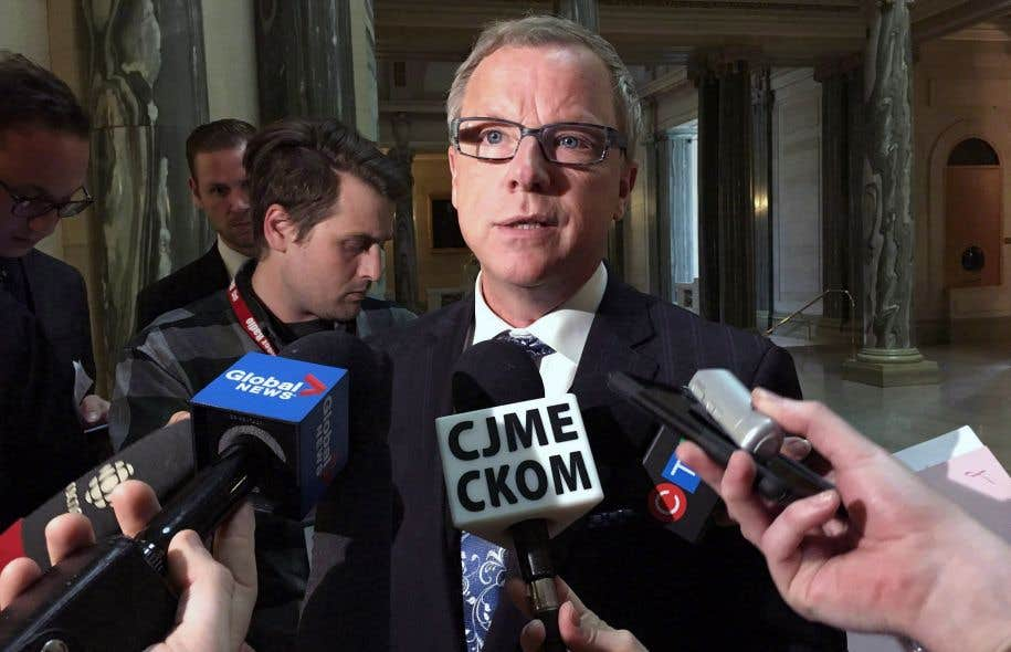 Brad Wall a annoncé sa démission jeudi matin en affirmant qu'après 10ans au pouvoir, il était temps de renouveler le parti et la province.