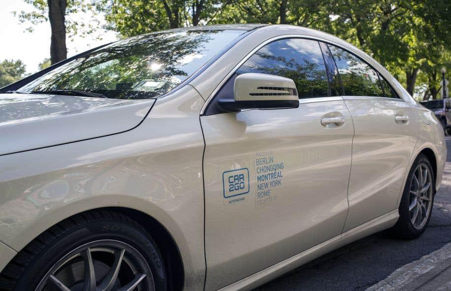 Les plus anciens modèles de Smart Fortwo ont commencé à être remplacés par des berlines Mercedes la semaine dernière, mais Car2go souhaite toujours offrir la voiture bleu et blanc à ses abonnés.