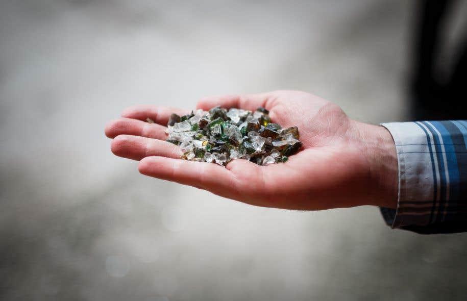 Cinq centres de tri au Québec ont été équipés ces derniers mois de nouveaux outils de traitement permettant le tri et le nettoyage du verre.