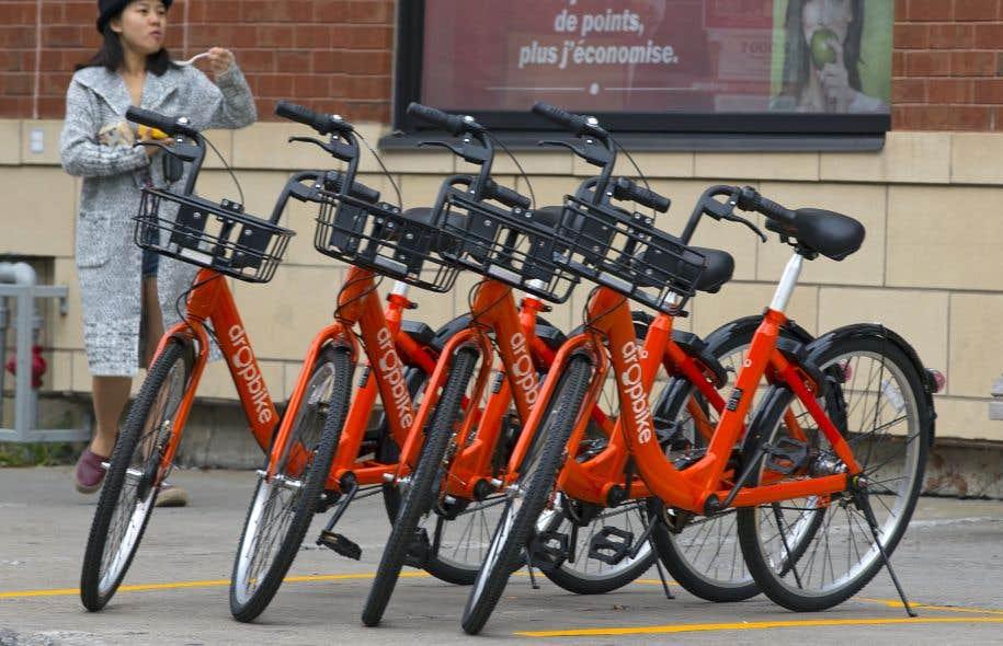 DropBike a réparti une cinquantaine de vélos à travers la ville de Westmount.