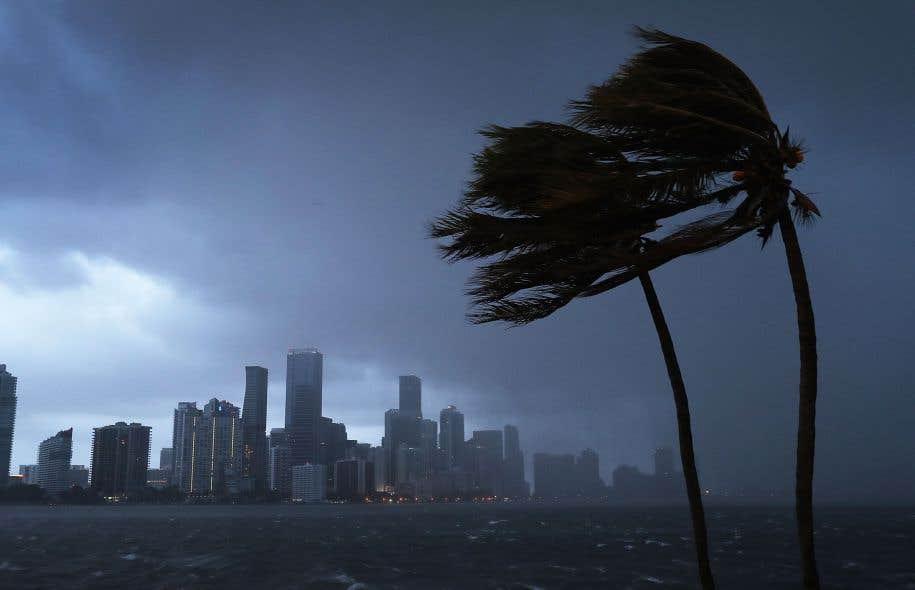 L'horizon s'obscurcit sur les côtes de la Floride avec l'arrivée imminente d'«Irma».