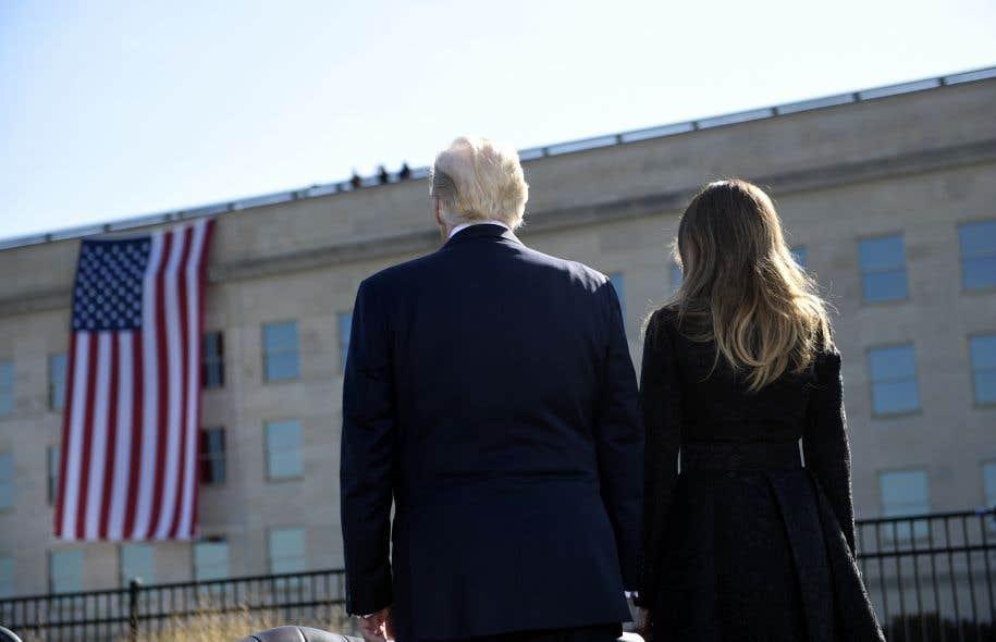 Le président Trump a pris part à une cérémonie au Pentagone, où s'est écrasé l'un des quatre avions détournés par les pirates de l'air d'al-Qaïda.