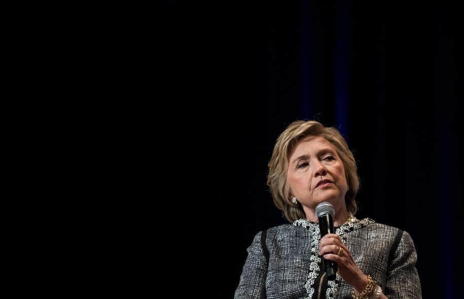 Hillary Clinton est persuadée que c'est l'intervention du directeur du FBI, James Comey, 11 jours avant l'élection, qui lui a coûté l'élection présidentielle.