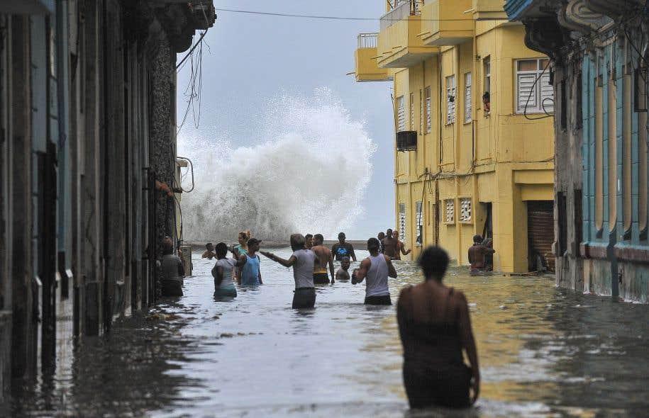 Une rue de La Havane, inondée au passage de l'ouragan «Irma».