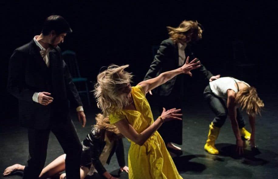 Le collectif Good Woman Dance s'approprie avec brio le style de la chorégraphe Mélanie Demers.