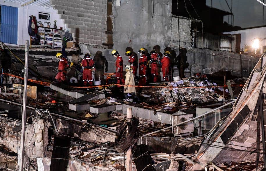 Mexique : les recherches de survivants interrompues plusieurs heures par un nouveau séisme