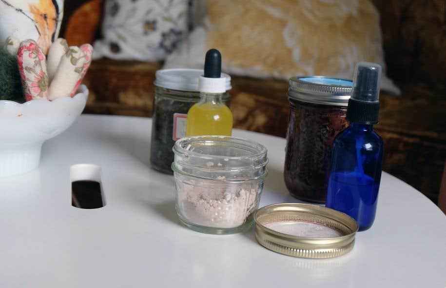 La confection de produits d'hygiène corporelle relève de la chimie. Mais ce n'est pas compliqué pour autant, assure Mariane Gaudreau.