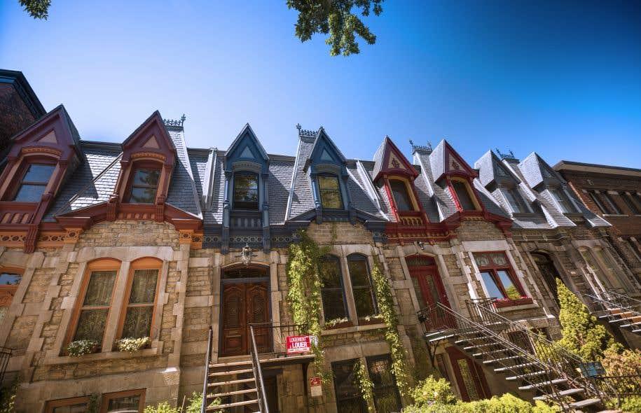 Une loi est nécessaire pour assurer une équité sur le territoire et restreindre significativement l'émission d'attestations de classification afin de contrer la perte de logements locatifs, estiment les auteurs.
