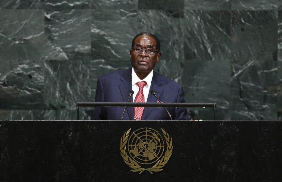 Le choix du président Mugabe annoncé cette semaine par le directeur général de l'OMS avait provoqué une levée de boucliers d'ONG dénonçant l'effondrement du système de santé zimbabwéen sous le régime Mugabe.