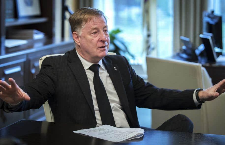 MarcDemers, qui a été élu en 2013 à la tête de la troisième ville québécoise en nombre d'habitants, a été facilement réélu dimanche soir, par une large majorité.