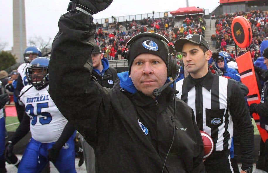 L'entraîneur-chef des Carabins de l'Université de Montréal, Danny Maciocia