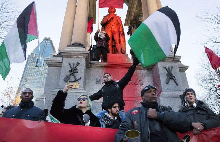 Les organisateurs de la manifestation ont dit qu'ils contestaient d'abord et avant tout une «montée du racisme et de la haine».
