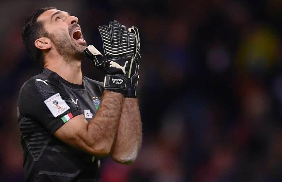 <p>L'heure de la retraite internationale est arrivée pour le gardien Gianluigi Buffon, à 39 ans et après 175 sélections.</p>