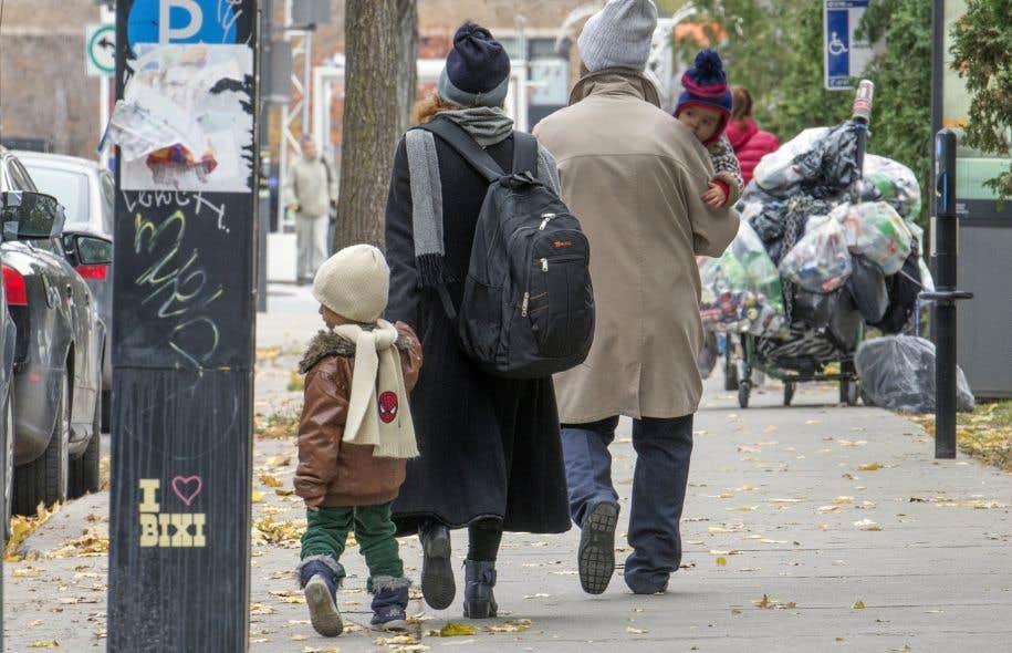 La pauvreté a eu tendance à reculer au Québec, en raison principalement de politiques sociales plus généreuses à l'égard des familles avec enfants.