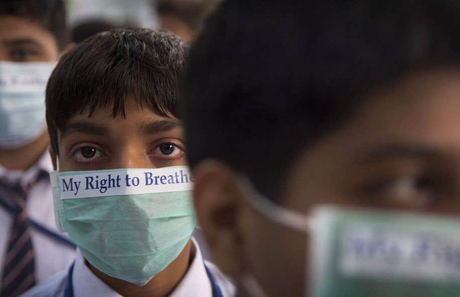 En Inde, la pollution tue plus que partout ailleurs sur la planète, souligne l'auteur.