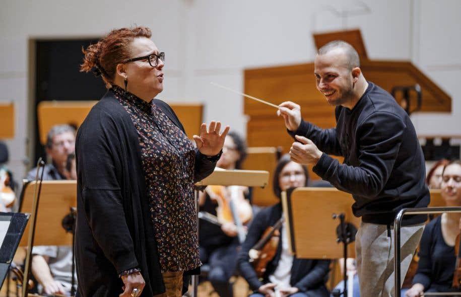 La chanteuse québécoise Marie-Nicole Lemieux en compagnie du chef de l'Orchestre Métropolitain, Yannick Nézet-Séguin
