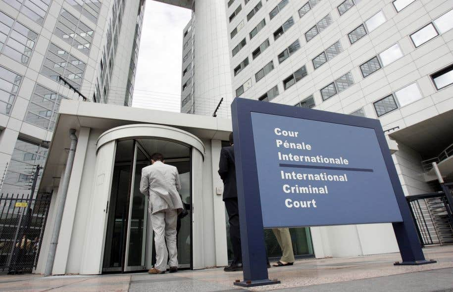 Le tribunal pénal international pour l'ex-Yougoslavie est le premier tribunal pour les crimes de guerre mis sur pied par les Nations unies.