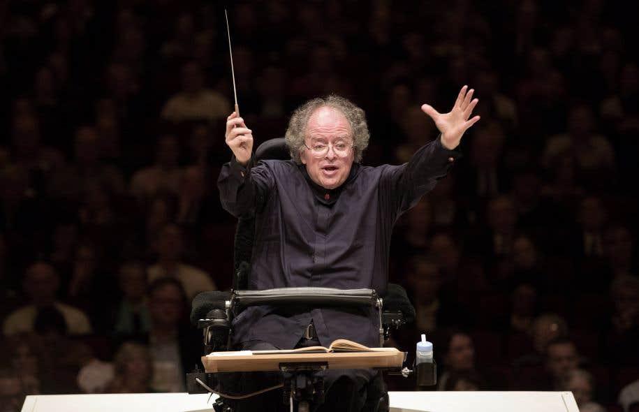 Le chef d'orchestre américain James Levine