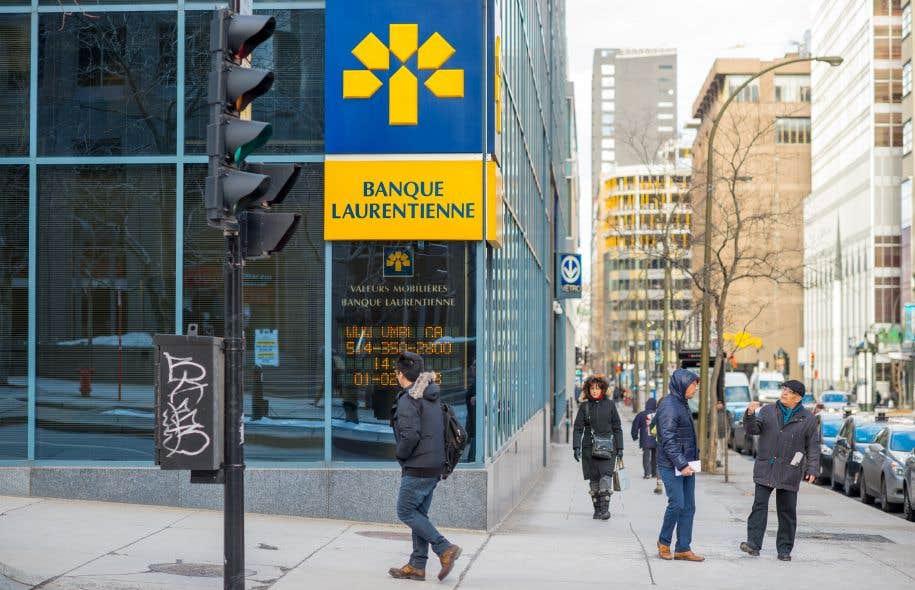La direction de la banque a tenté de minimiser les irrégularités, expliquant que les prêts concernés ne représentaient que 0,8% de son portefeuille total de prêts.